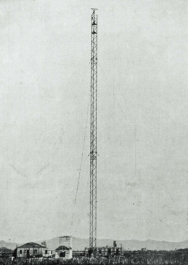 The North Auckland high-power wireless station: the steel mast reaches its full height of 400 feet