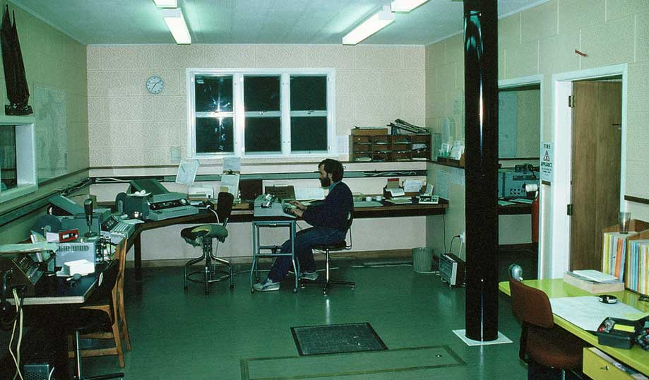 Chathams Radio ZLC, c1982