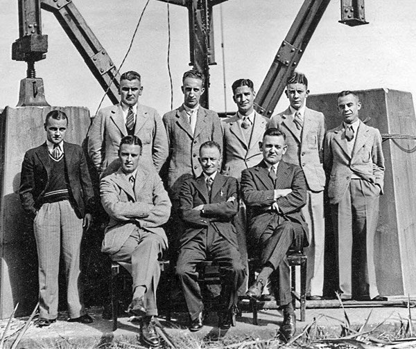 Awarua Radio staff, 6 Apr 1938