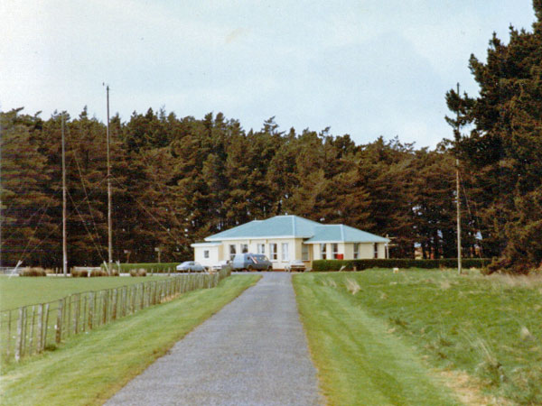 Awarua Radio ZLB main building