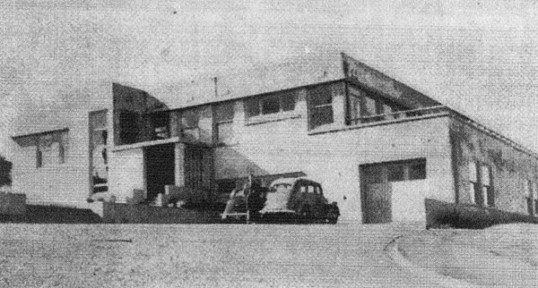 Makara Radio in 1944
