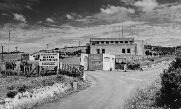 Makara Radio, 17 Oct 1957, by an unidentified photographer for NZ Free Lance magazine