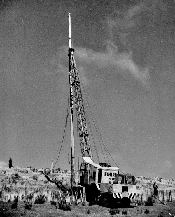 Removing pole at Makara Radio. Date unknown.