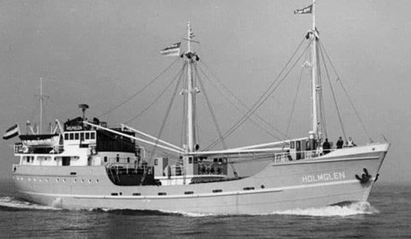 coastal freighter Holmglen