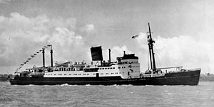 MV Tofua arriving in Auckland in 1951