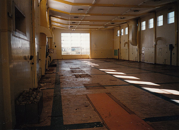 The empty transmitter Hall at the former Himatangi Radio
