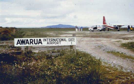 Awarua farm airstrip in January 1984