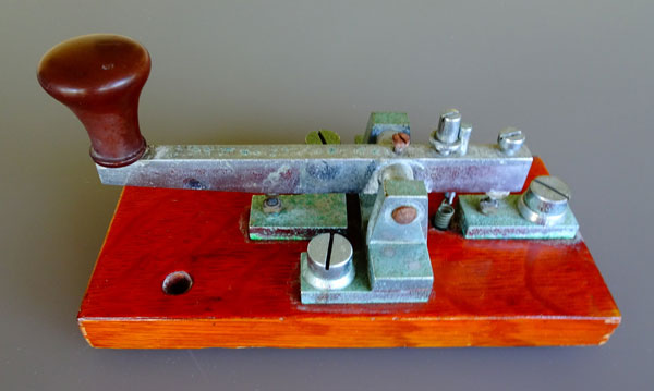 Telegraph key made by Ray Allsop