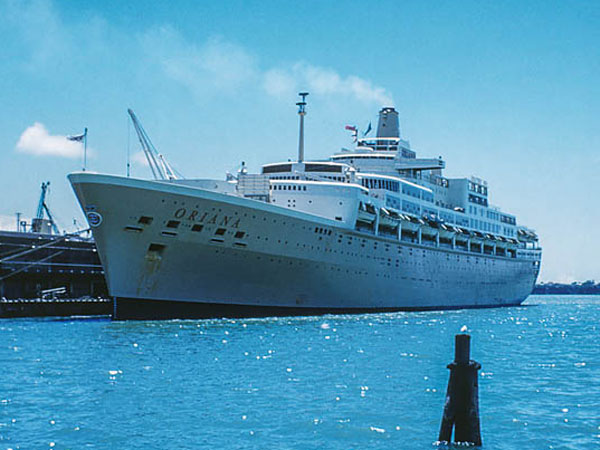 SS Oriana at Princess Wharf on her first visit to Auckland, 21 Jan 1961