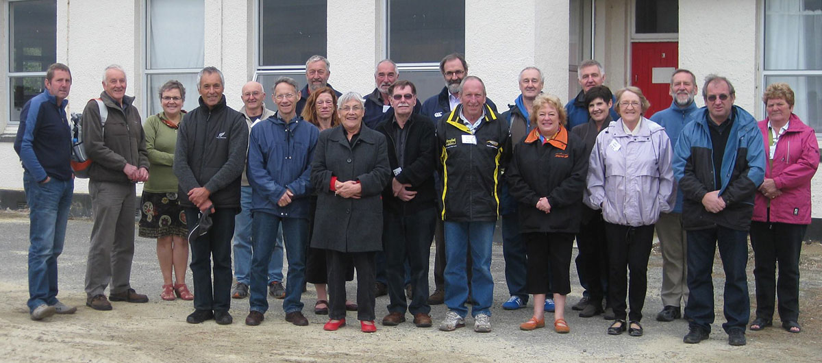 Attendees at the 100th anniversary reunion, in front of the former ZLB receiving station