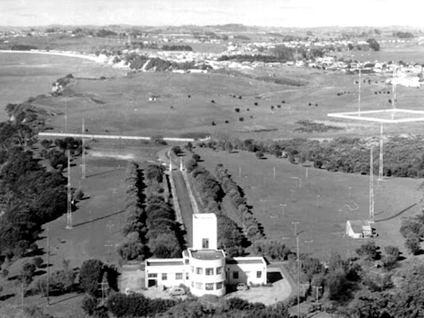 Auckland Radio ZLD receiving station at Musick Point