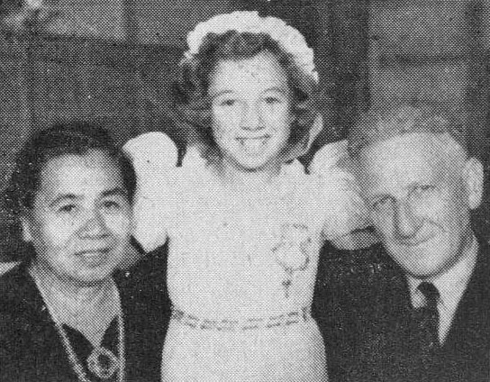 The late Mr Dunwoodie, with Mrs Dunwoodie and their grand-daughter Terry
