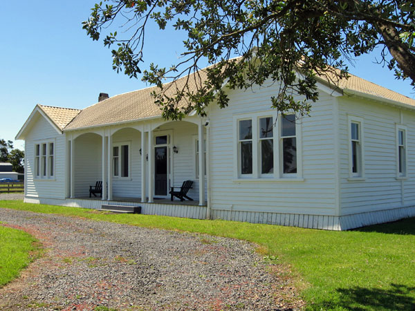 Officers' Quarters, Awanui Radio