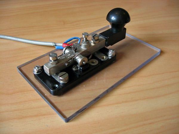 WT 8 Amp No 2 (Mk II) key at ZL1NZ