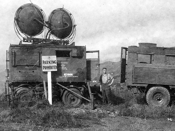 Mobile microwave terminal at Paekakariki Hill, near Wellington