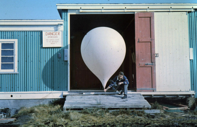 Pete Ingram about to launch a weather balloon