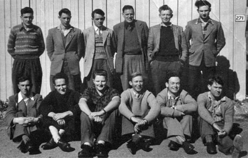 Trainees at radio school, Trentham, August 1956