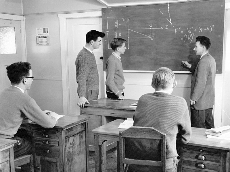 Trainees KA Blackett, AL Edginton, DA King and DJ Wards with instructor KO Surridge, 1961