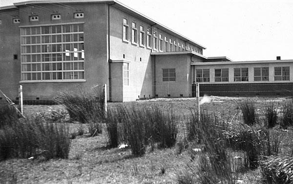 Himatangi Radio. Undated. Photo: Foxton Historical Society