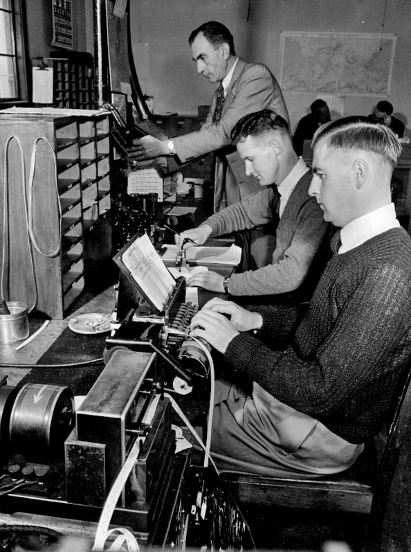 Cable Terminal at Wellington GPO, transmitting position