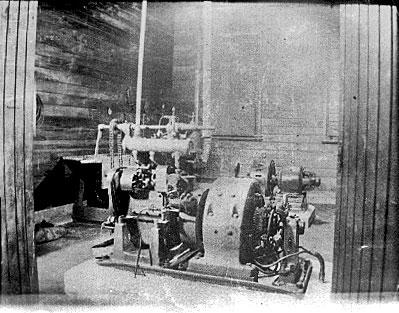 Engine alternator at Chatham Islands wireless station in 1913