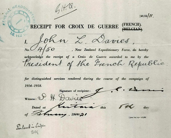John Davies and his wife Selena Davies signed this receipt while based at Awanui Radio in 1921