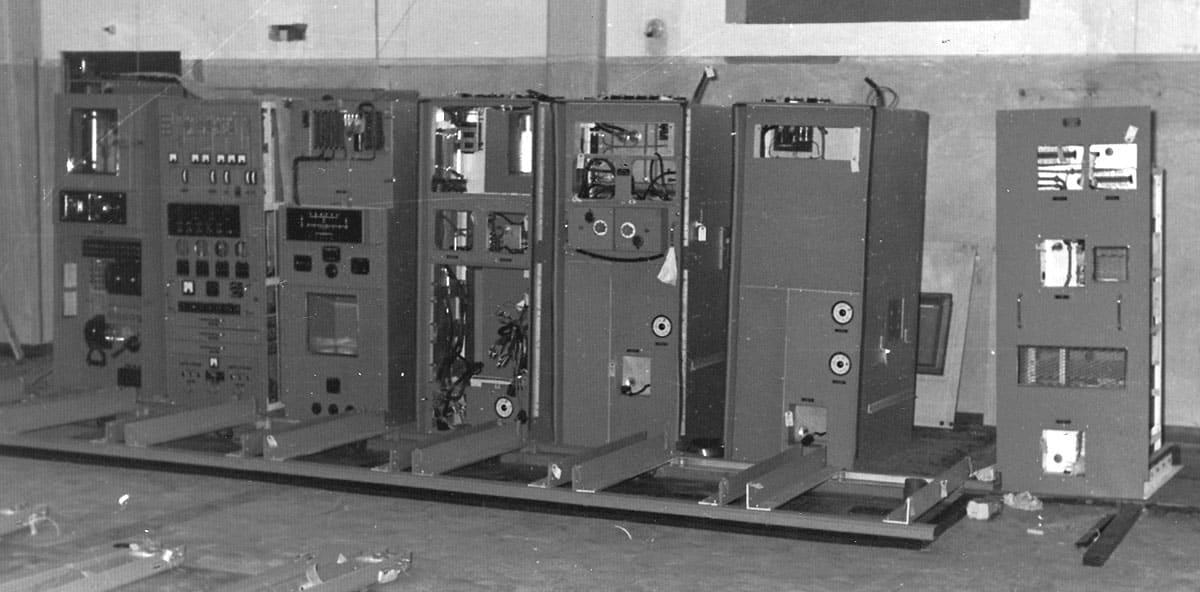 Assembling the Marconi HS51 transmitter