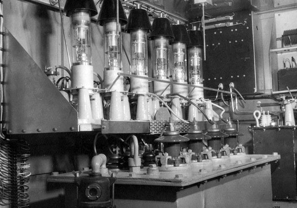 Philips transmitter power supply