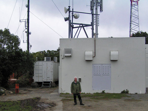 Former ZLW Senior Technician Chris Underwood in front of the transmitter building, 25 Aug 2017