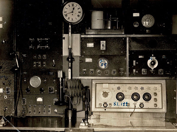 Gisborne Harbour Board Radio ZMQ in 1941. Note on photo says racks A & D are not shown.