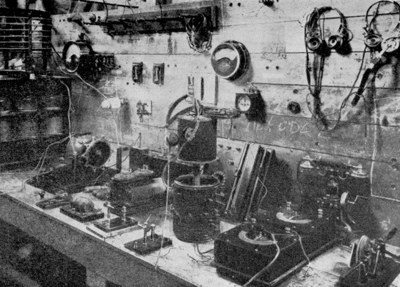 1911: The operating position at wireless station NZW in the Chief Post Office, Wellington